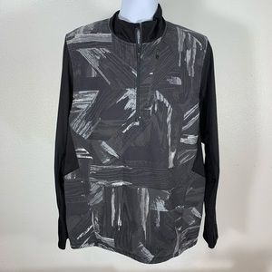 The North Face Quarter Zip Pullover size XL